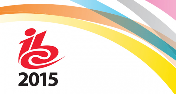 Notre equipe a l 39 ibc 2015 lapins bleus formation for Salon audiovisuel amsterdam